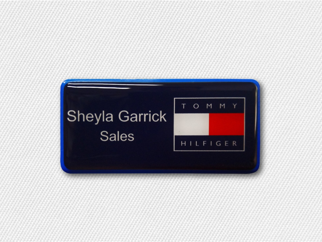 How to Use Name Badges For Better Customer Service Engagement